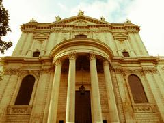 Retro looking st paul cathedral, london Stock Photos