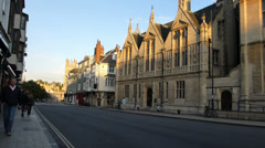 Street scene of Oxford University, UK (OXFORD UNIVERSITY STREET SCENE-26A) Stock Footage