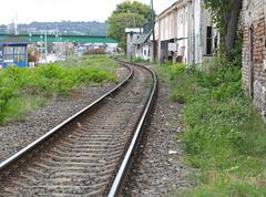 Railway through slum Stock Photos