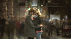 The young lovers above the crowd, time lapse Stock Footage