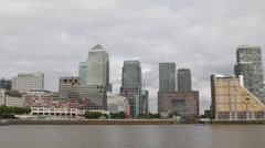 London Canary Wharf Skyscraper One Canada Square National Landmark Business Area Stock Footage