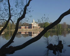 Holy Lake + pan Marble Palace of Friedrich Wilhelm II of Prussia + pan Stock Footage