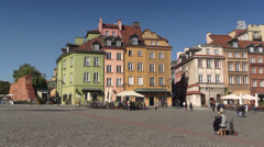 Warsaw, Old Town, busker playing the accordion on the Castle Square, Poland Stock Footage