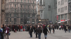 Crowds of people in Stephansplatz, Vienna - Austria Stock Footage