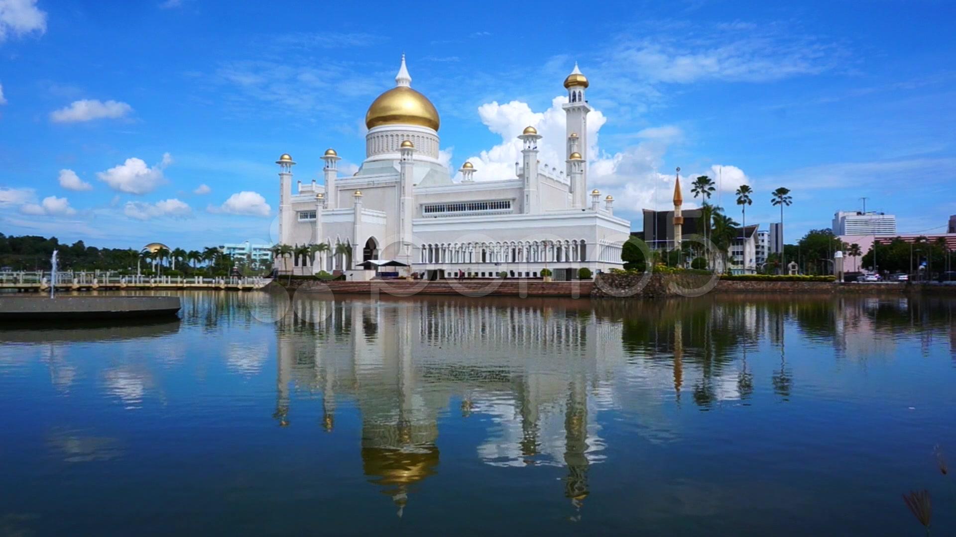 New Zealand Mosque Wikipedia: Masjid Omar Brunei, Check Out Masjid Omar Brunei : CnTRAVEL