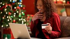 Jouluostoksille verkossa Arkistovideo