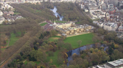 Aerial view over Buckingham palace in London and the surrounding area Stock Footage