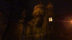 Berlin synagogue at night Stock Footage
