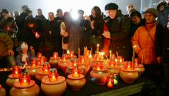 People with candles during Starvation (Holodomor) marks in Kiev, Ukraine. Stock Footage