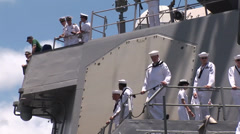 USS Benfold (DDG 65) arriving at Joint Base Pearl Harbor-Hickam (JBPHH) Stock Footage