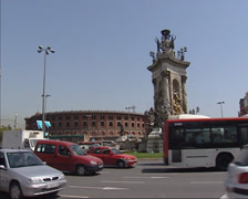 BARCELONA  Traffic square Placa d Espanya, Les Arenes bullring in background Stock Footage