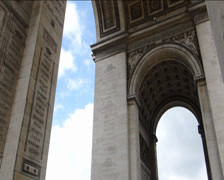 Large crowd at Arc de Triomphe. (PARIS Arc de Triomphe--42b) Stock Footage