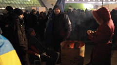 Strike in Ukraine (strikers are heated by the fire) Stock Footage