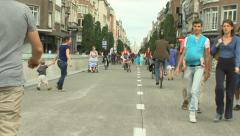 People walking and riding bikes in Leuven (Belgium) Stock Footage