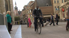 People crossing a street in Leuven (Belgium) Stock Footage