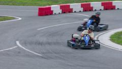 Kaksi go-kortti Racers kilpa toisiaan Arkistovideo