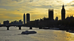 Sunset silhouette of london skyline at sunset, big ben and house of parlament Stock Footage