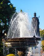 Fountain queen statiue provincial capital legislative buildiing victoria brit Stock Photos