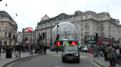 No 13 bus leaving Piccadilly Circus, London, UK. Stock Footage