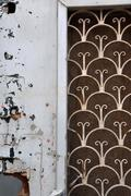 Puinen ovi ruosteinen kuvio Kuvituskuvat