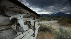 Cow Skulls with a stormy sky on a Barn in the midwest Stock Footage