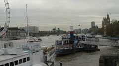 Thames River through the heart of London on a dreary day Stock Footage