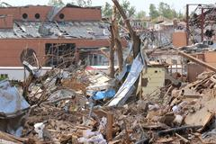 Tornado Storm Damage High School Kuvituskuvat
