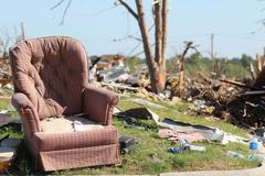 Tornado Storm Damage Kuvituskuvat