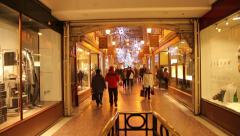 People Christmas shopping at grosvenor shopping centre, chester Stock Footage