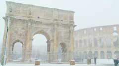Rome in snow 12 ( Colosseum & Arch of Constantine) Stock Footage