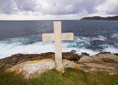 Cross tribute to sailors lost at sea Stock Photos