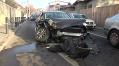 Dramatic car accident, traffic collision, head on crash car, vehicle, zoom in Stock Footage