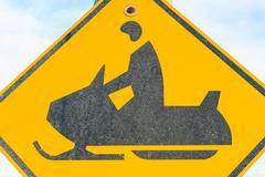 Moottorikelkka varoitusmerkki Kuvituskuvat