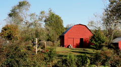 Red barn farm Stock Footage