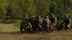 German cannon crew ready Stock Footage