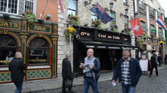 People at Temple Bar, Dublin, Ireland. Stock Footage