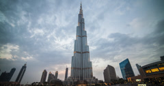 Stunning 4K sunset time lapse of the Burj Khalifa in Dubai Stock Footage
