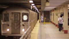 Shuttle pulls in at grand central station nyc, daily commute Stock Footage