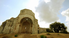 Romanic chapel ruins in Tuscany Stock Footage