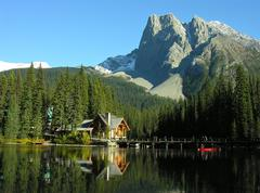 Mount burgess and emerald lake, yoho national park, canada Stock Photos