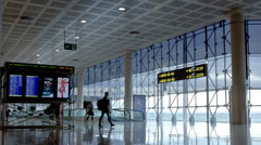 Airport rush barcelona Stock Footage