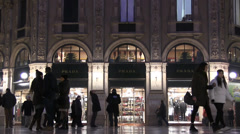 Milan, shopping in trendy boutiques and luxury Stock Footage