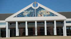 Zoom Out Shot of Bellevue Baptist Church Building, Memphis, Tennessee - stock footage