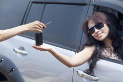Uuden auton omistaja Kuvituskuvat