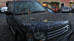 Range Rover covered in bird mess Stock Footage