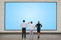 Liikemiehet katsomalla tyhjä plasman Piirros