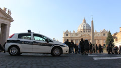Roma Capitale car at St Peters, Christmas time (dolly) Stock Footage
