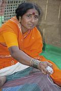 Nainen tekee godhadi n ovat pohjimmiltaan peittoja, jotka ovat tehneet vapaa-aik Kuvituskuvat