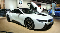 BMW i8 plug-in Stock Footage