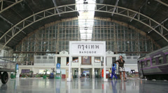 Hua Lamphong Railway Public Station (Bangkok Railway Station). Stock Footage